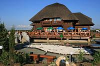 Строительство деревянных ресторанов,навесов,баз отдыха