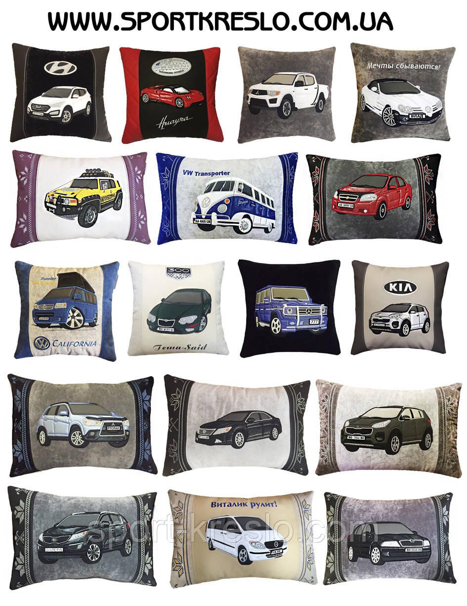 автомобильная подушка с знаком