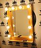 Деревянное макияжное зеркало