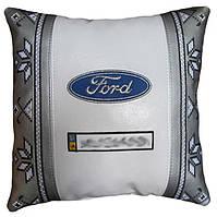 Сувенирная подушка в машину с логотипом Ford форд