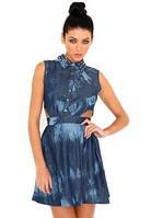 Платье под джинс с вырезами по бокам и шипами на воротнике Boohoo