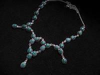 Ожерелье с натуральным камнем жадеит, нефрит в серебре.