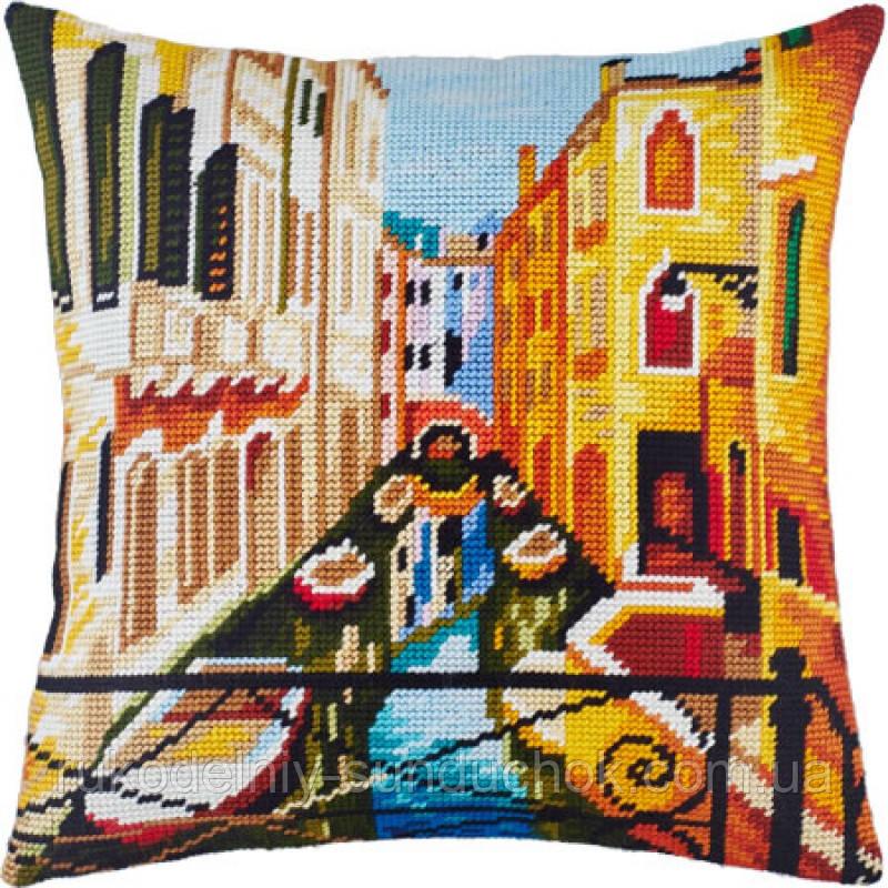 Набор для вышивки крестом Чарівниця V-135 Подушка Венеция