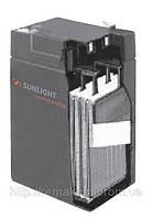 Герметичная свинцово-кислотная аккумуляторная батарея серии SPb тип SPb 6-100 Ач SUNLIGHT (Греция).