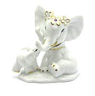 Фигурка Слоны из фарфора