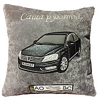 Авто Подушка с вышивкой Вашего авто в машину сувенир