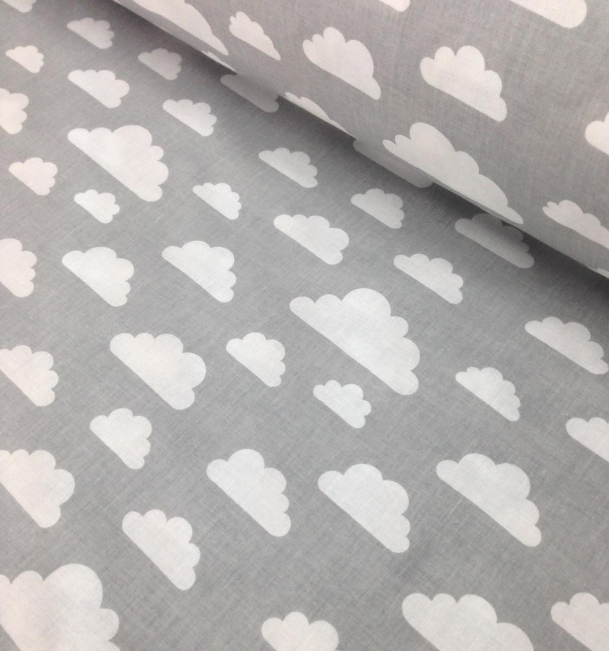 Хлопковая ткань польская облака белые большие и маленькие на сером