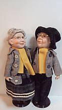 Пара порцелянових ляльок Бабуся з Дідусем висота 43 см