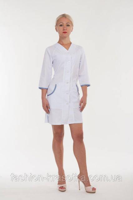 Женский медицинский халат с треугольным вырезом. Размер 42-52