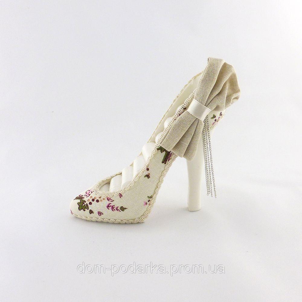 Подставка - туфелька для колец и мелких украшений лучший подарок женской половине на 8 марта купить