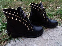 Зимние ботиночки на шнуровке в стиле Bаlmаin.Реплика из натуральной кожи в черном цвете.