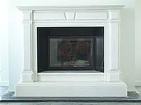 Белый мраморный каминный портал