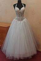 Новое белое пышное свадебное платье с полупрозрачным лифом, размер 44-48
