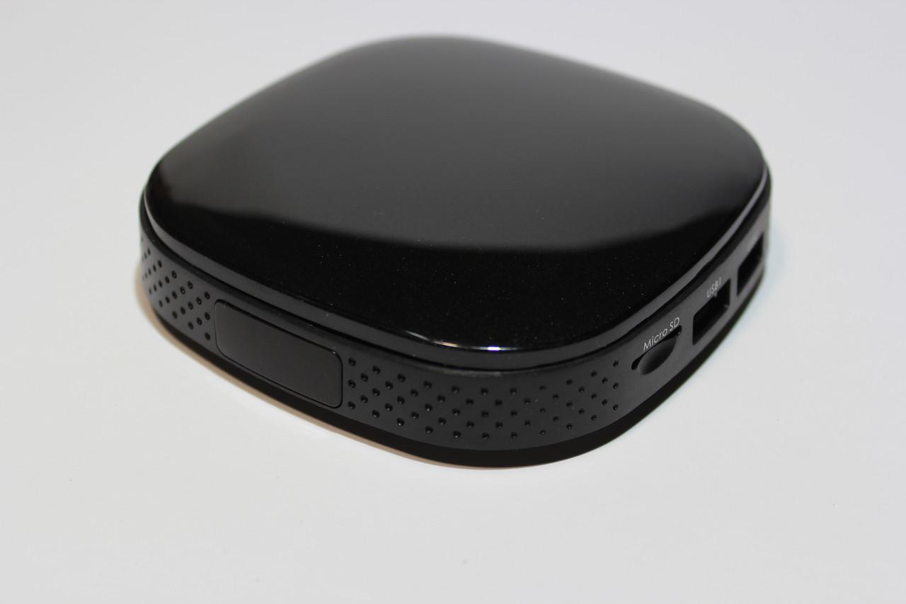 IPTV приставка-медиаплеер для ТВ Smart TV Box AT-758 +4 Гб+HDMI+AV Out+2 USB 2.0+microSD