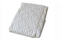 Летнее одеяло стеганое, плотность 80 г/м.кв., 100% полиэстер, размер 150х220 см, полуторное