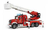 Пожежна машина MACK Bruder 02821