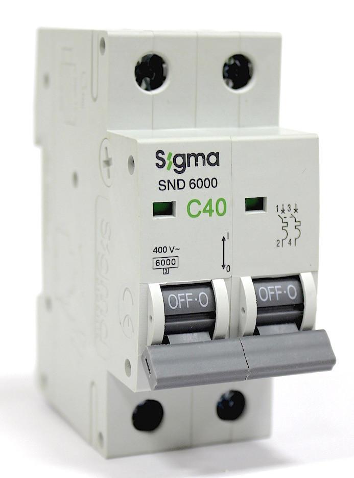 Автоматичний вимикач 40 А ампер двухфазний двухполюсний С C характеристика ціна купити