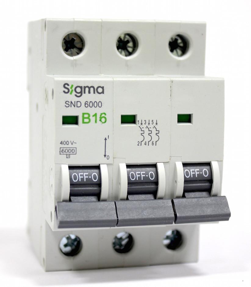 Автоматический выключатель автомат 16 А трехфазный трехполюсный, B характеристика