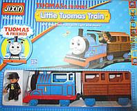 Паровоз Томас с железной дорогой и работником станции