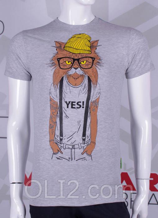 Мужская яркая футболка кот