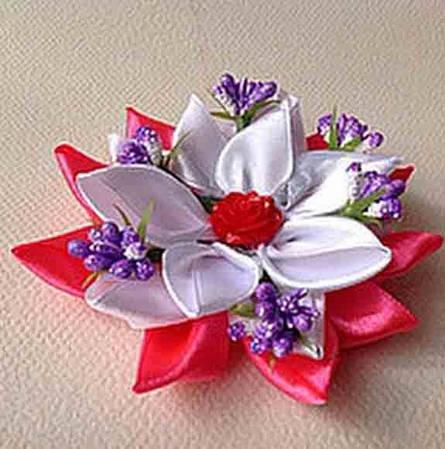 Магнит Цветок весенний
