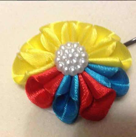 Магнит Цветок №2 разноцветный