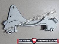 Направляющая торм колодок / скоба суппорта/  правая ВАЗ 21213 (АвтоВАЗ)