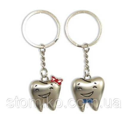 Комплект брелоков в форме зуба «мальчик+девочка»