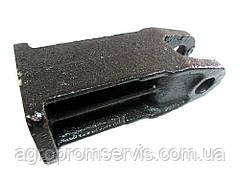 Проушина крепления передних грузов МТЗ  85-4235025Б