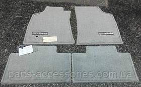 Toyota Sequoia 2001-2004 велюрові килимки світло сірі Нові Оригінал