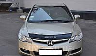 Дефлектор капота (мухобойка) Honda Civic 2006-2012 /седан , на крепежах