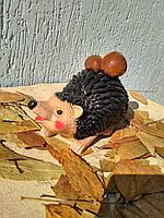 Садовая фигура Ёж с грибами