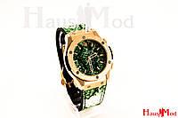Женские наручные часы Зеленые  рептилия