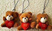 Мишка с сердечком мягкая игрушка на подвеске