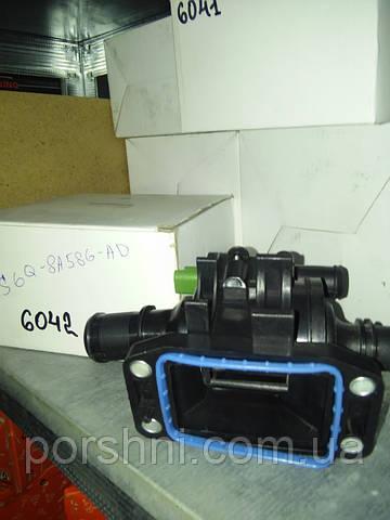Корпус  термостата с терм. Fiesta  1.4 TDCI  2001 > LEADER 2S6Q-8A586-AD. 6042.