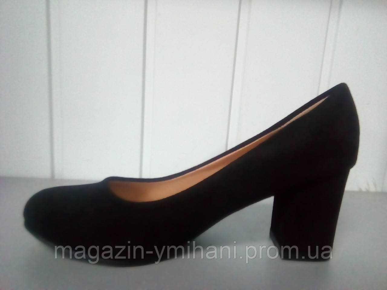 1b960cd08 Черные замшевые туфли Kamengsi на толстом каблуке. - Интернет-магазин