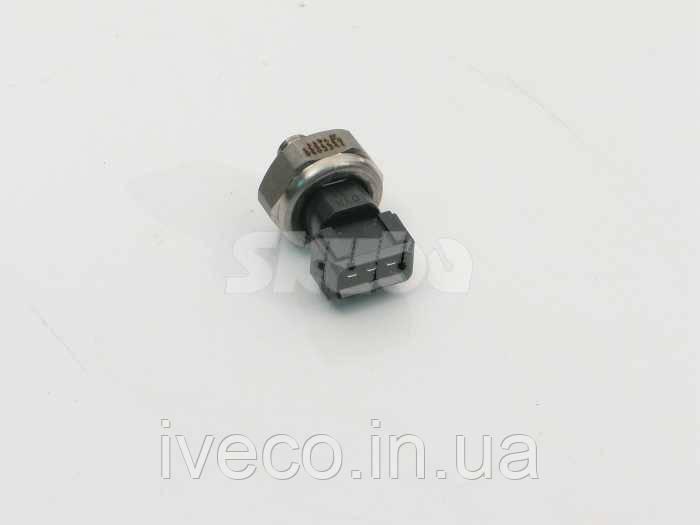 ДАТЧИК Iveco CURSOR-STRALIS 500377533