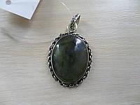 Кулон из натурального камня лабрадор в серебре.
