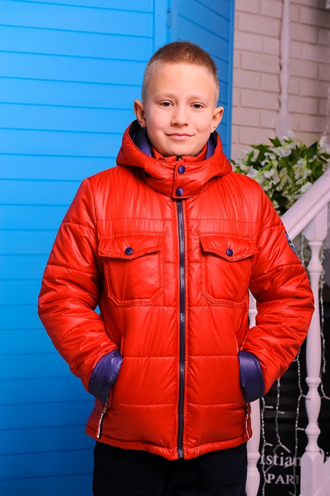 Куртка демисезонная для мальчика.