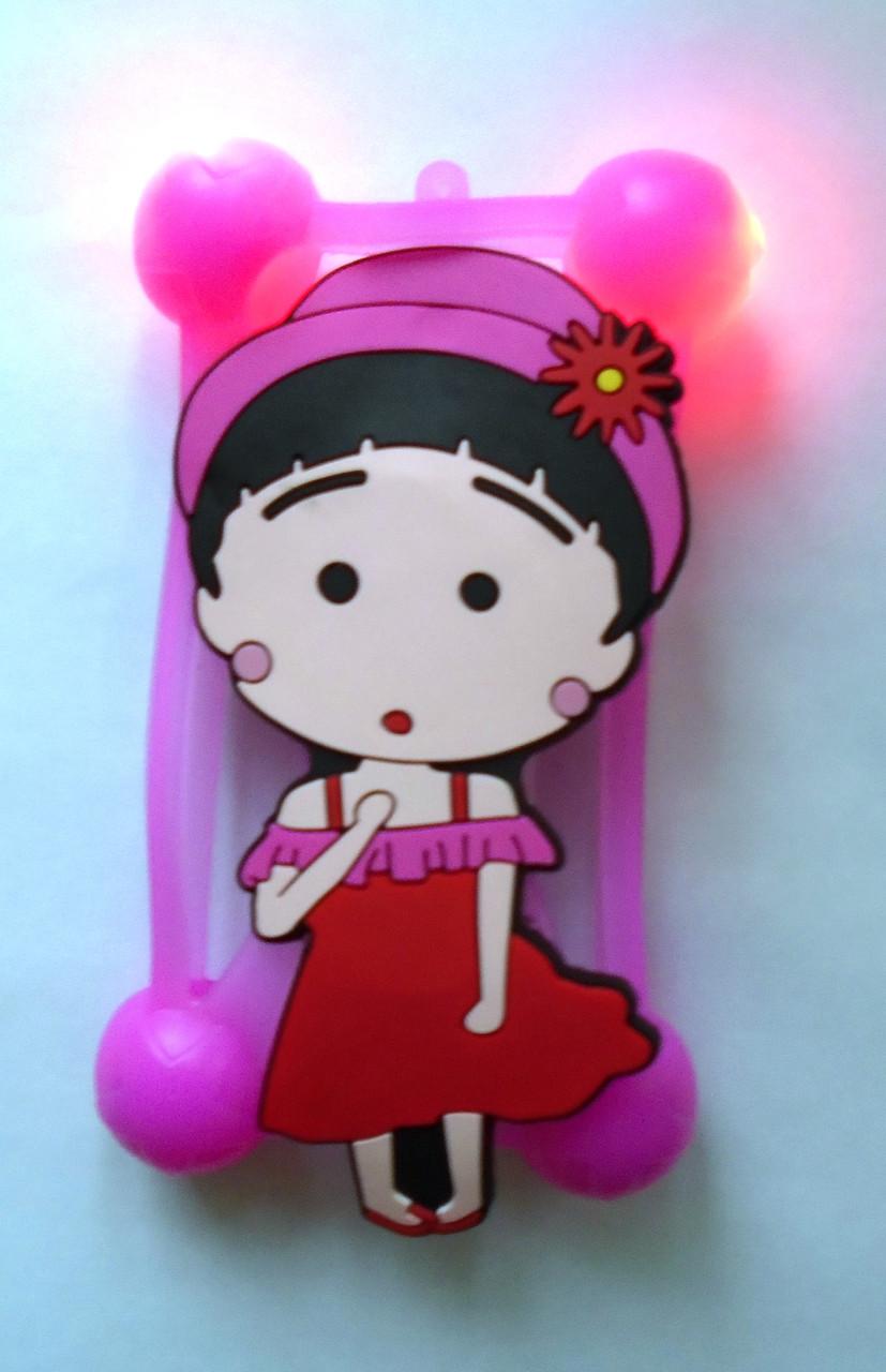 """Светящийся яркий универсальный чехол бампер с шарами и большим рисунком девочка для 4""""-5,5"""