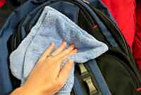 Как правильно чистить школьный ранец?