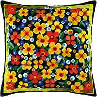 Набор для вышивки крестом Чарівниця V-130 Подушка Цветы на лужайке