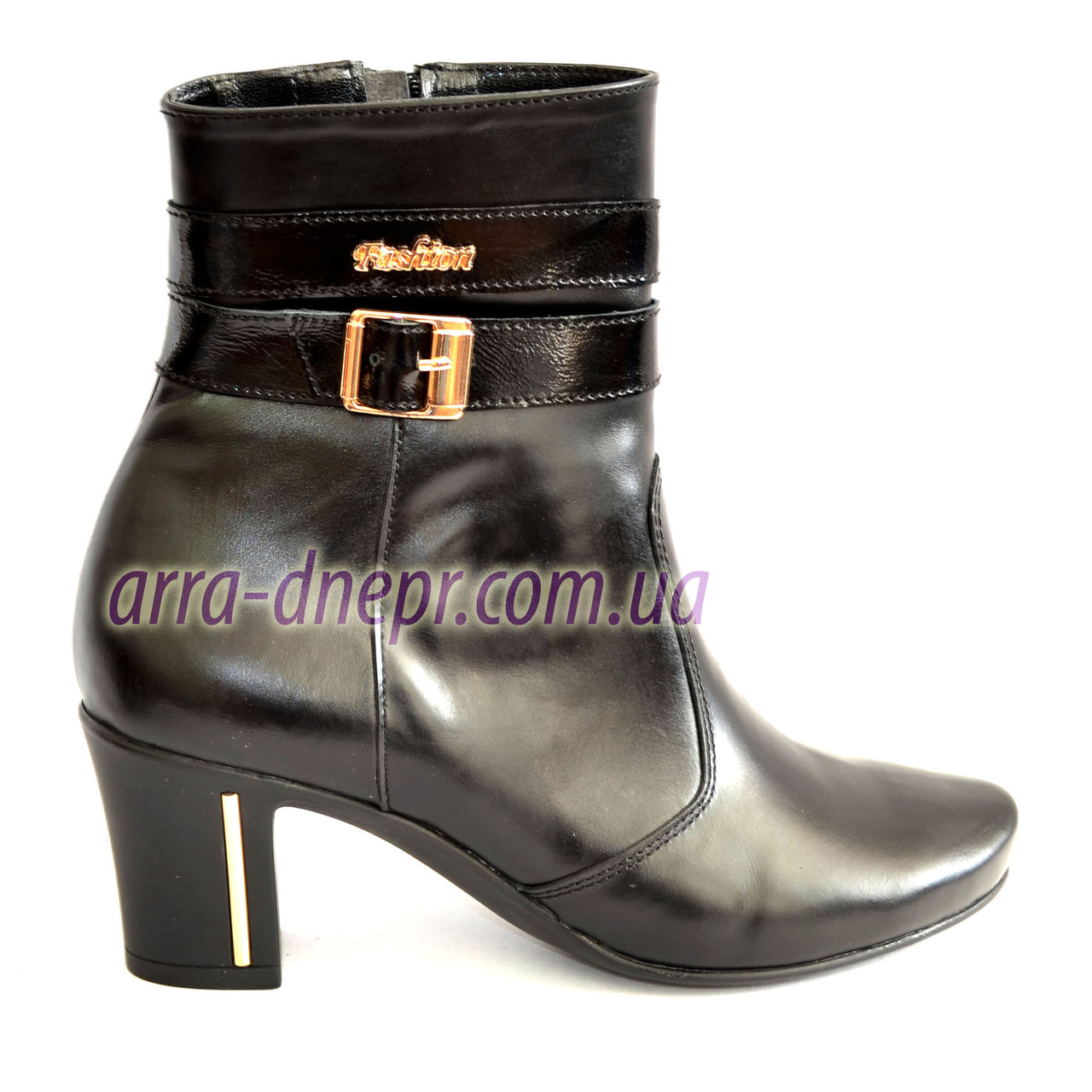 Кожаные женские ботинки демисезонные на устойчивом каблуке.