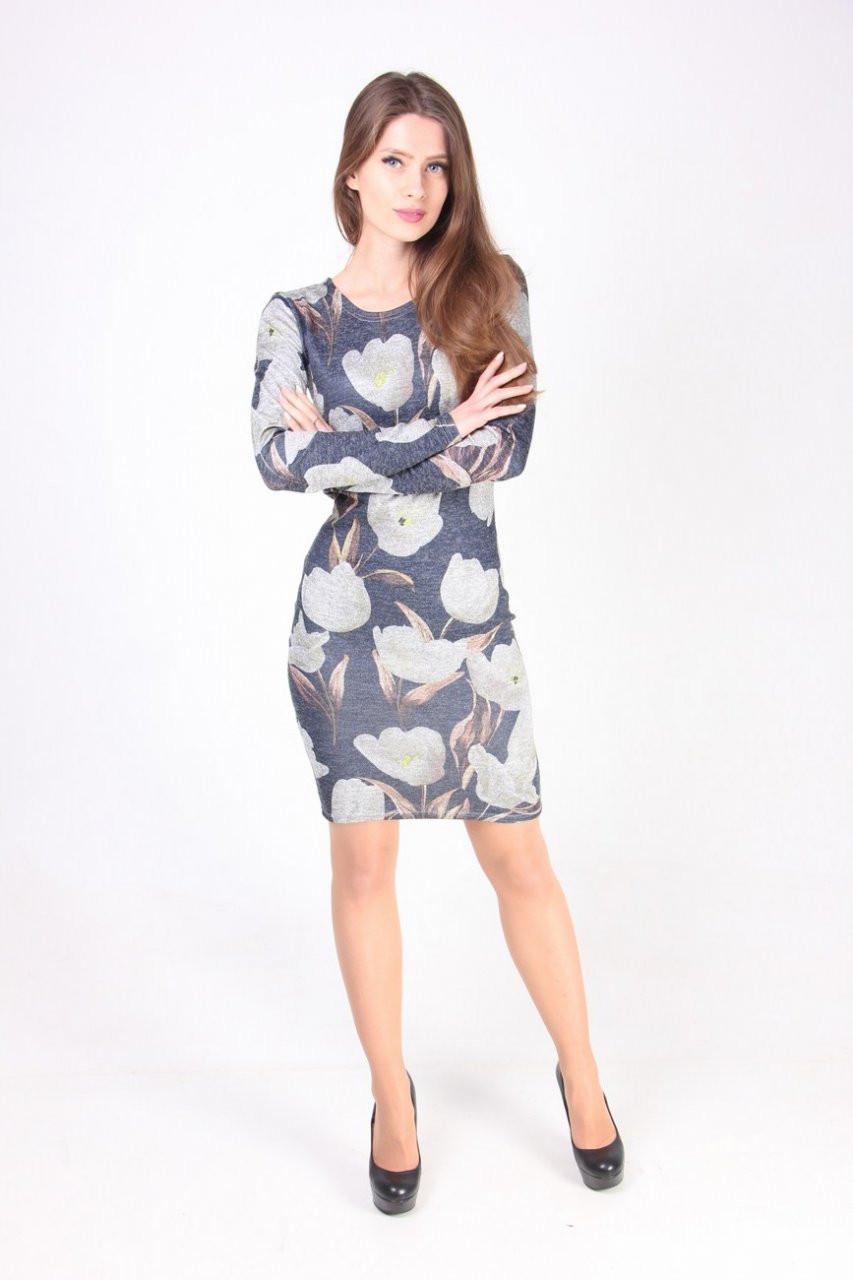 Повседневное платье приталенного силуэта з серыми цветами
