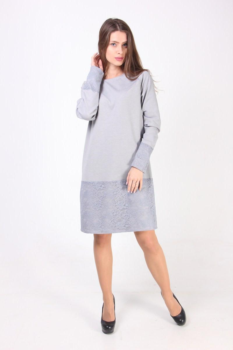 Прямое платье с ажурной вставкой по юбке