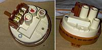 Прессостат датчик уровня воды для стиральной машины Indesit Индезит 111493 Indesit, Ariston C00111493