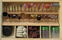 Набор насадок для гравера  в деревянном кейсе (102 предмета)