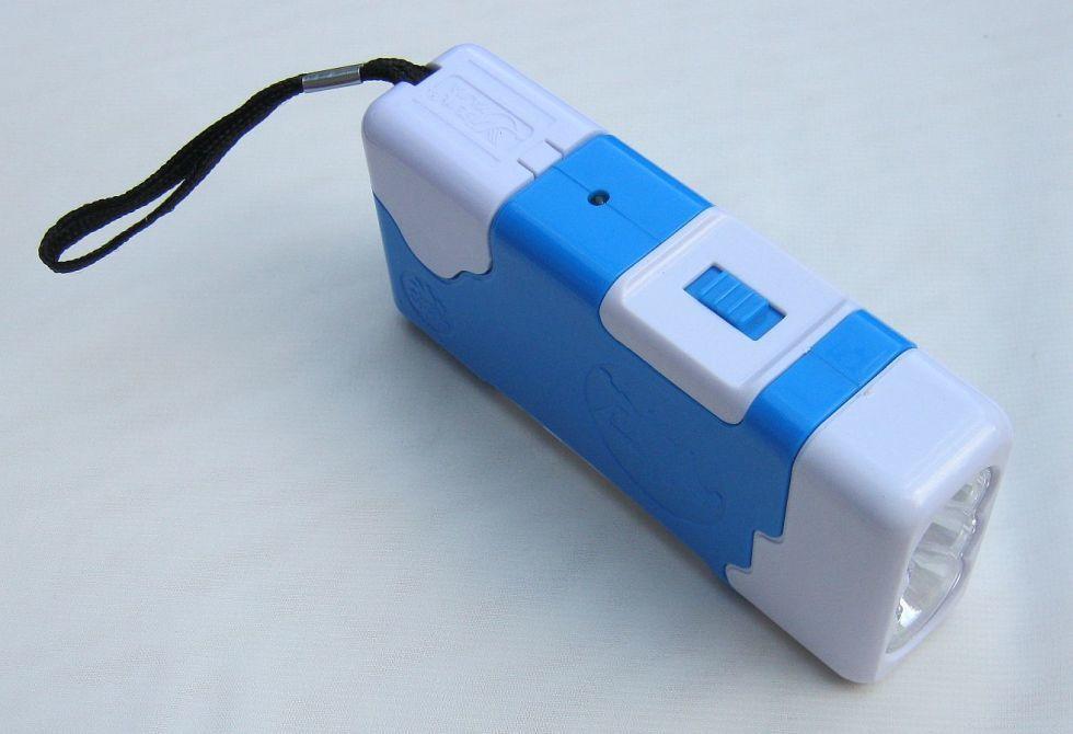 Ручной аккумуляторный фонарь YJ-7488 ( от 220В)