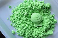 Зеленый 500 гр кинетического песка с формочками в ведерке