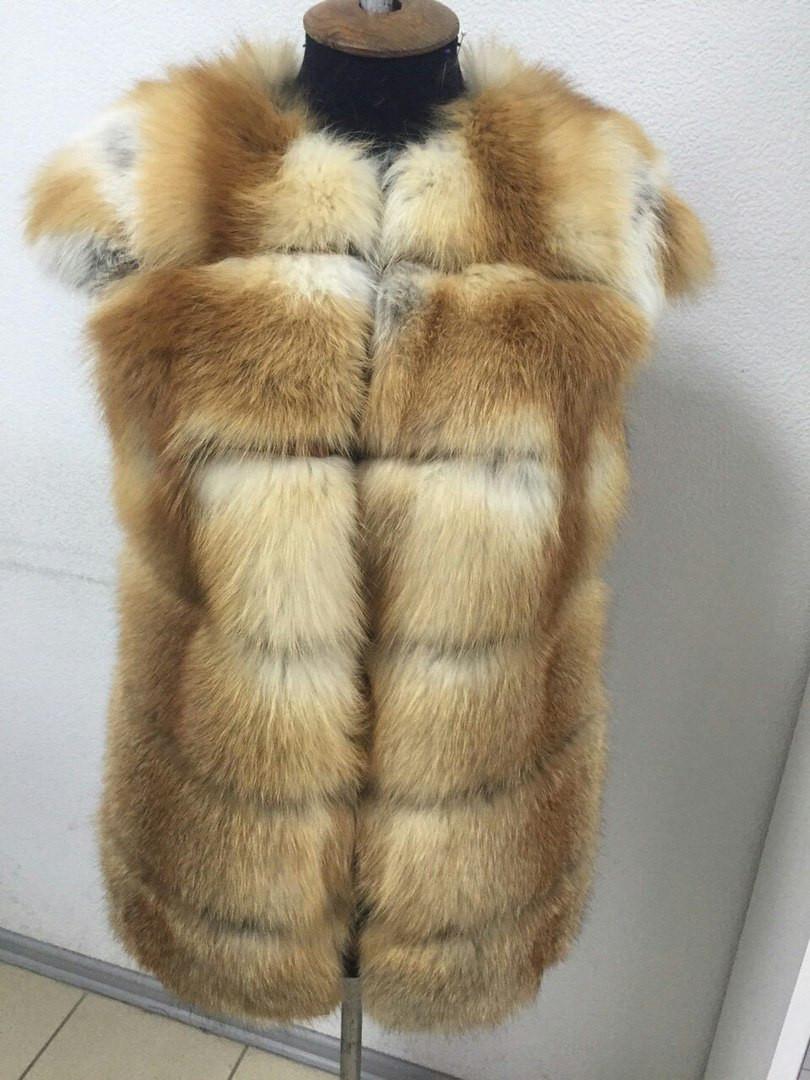Женский жилет из лисы